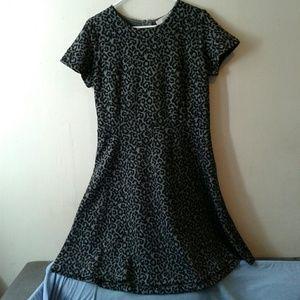 Loft Black Gray Leopard Short Sleeve Dress sz 10T